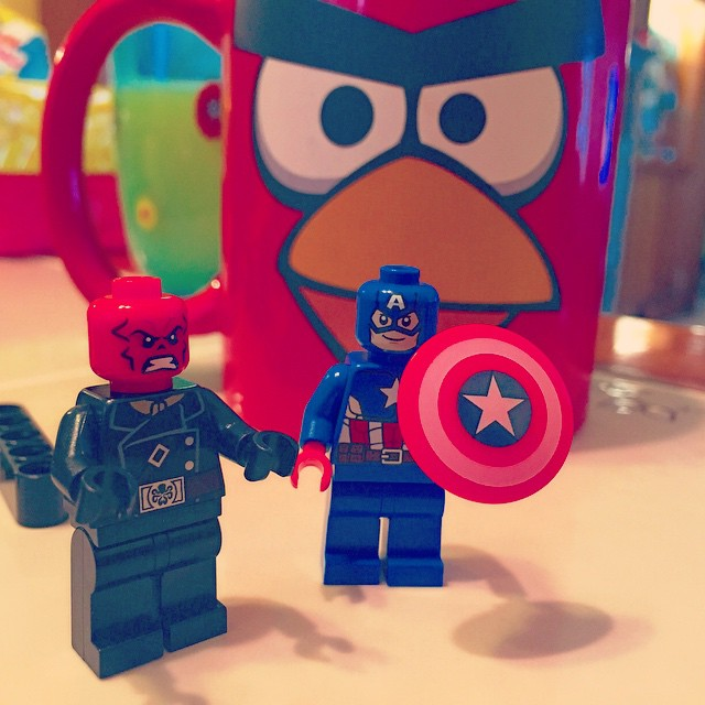 Hail Hydra! #CaptainAmerica #RageofUltron#AgeofUltron #MarvelComics #HailHydra #RedSkull #Comics #lego #Avengers