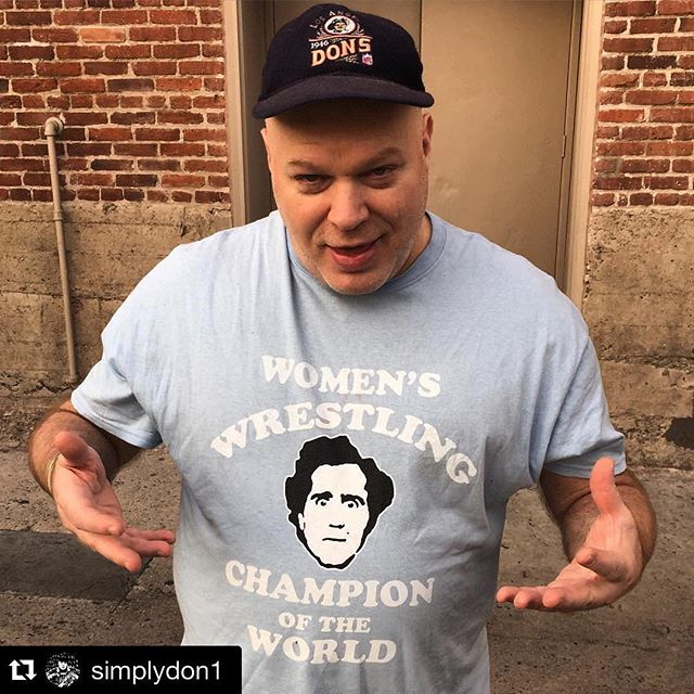 One of the #greatest ever, wearing possibly the greatest shirt ever. #SimplyDonThePodcast #Repost @simplydon1 with @repostapp #TheDingDongShow #AndyKaufman #Comedy #DonBarris #WindyCityHeat #WORLDCHAMPION